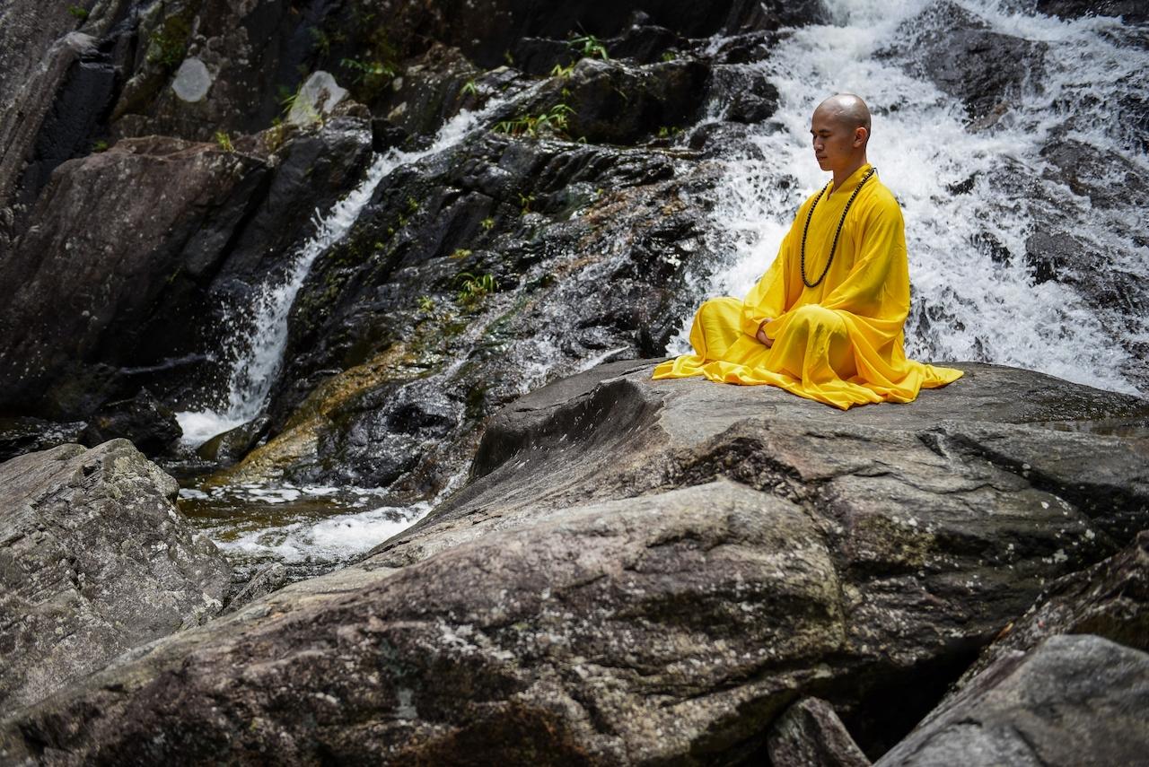 仏教の世界観、宇宙観をイメージする