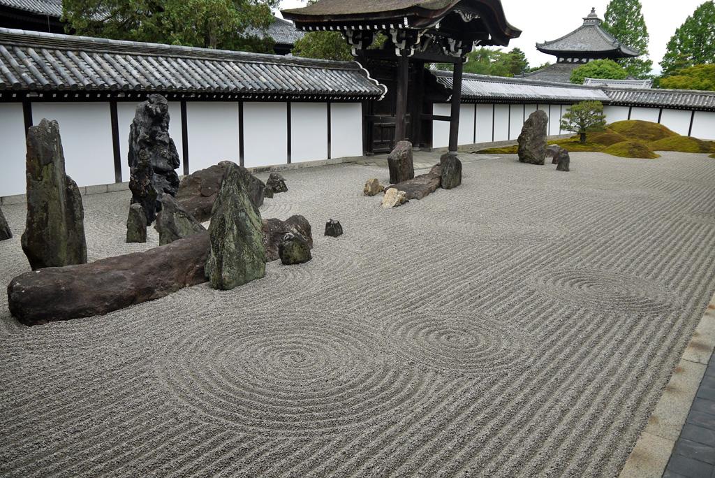 東福寺本坊庭園の枯山水